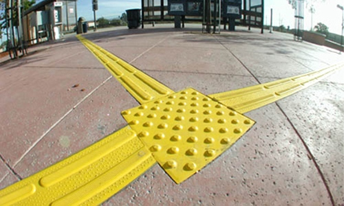 Detectable Directional ADA Tile
